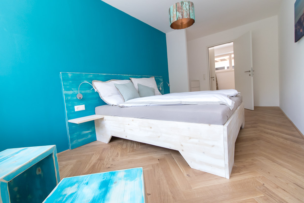 BEE HOME holiday apartment in Lunz am See - bedroom